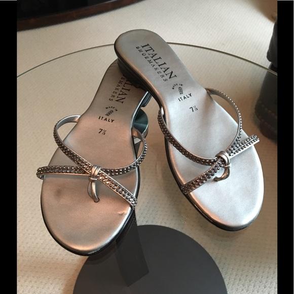 35ae43e2f Italian Shoemakers Shoes - Italian Flip Flops - 7 1 2